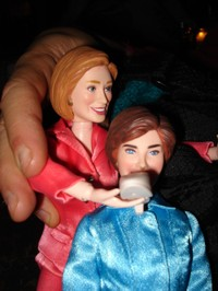 3_hillary_clinton_doll